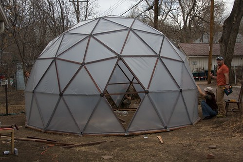 Watch geodesic dome greenhouse houses plans designs for Geodesic greenhouse plans free