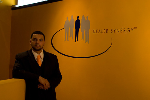 Dealer Synergy Helps Pave the way for the Automotive Internet Sales Industry