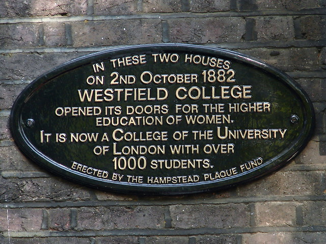 Black plaque № 4972 - In these two houses on 2nd October 1882 Westfield College opened its doors for the higher education of women. It is now a College of the University of London with over 1000 students.