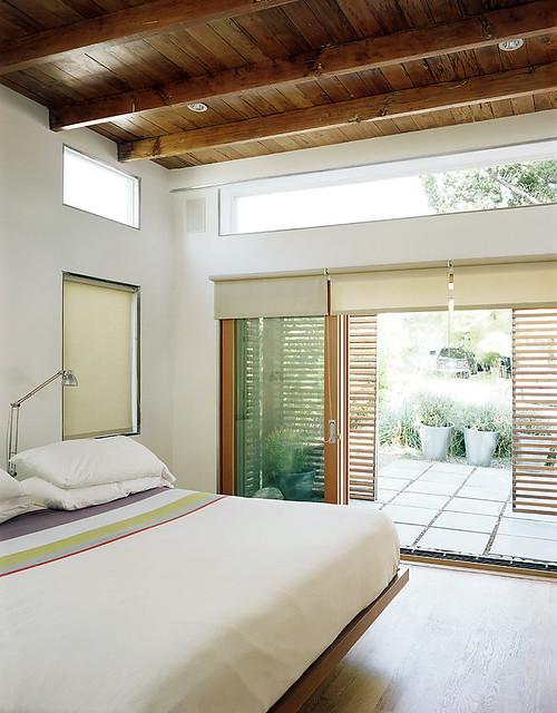 Vaulted Bedroom Opens to Garden