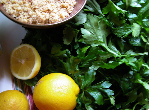 parsley walnut lemon pesto