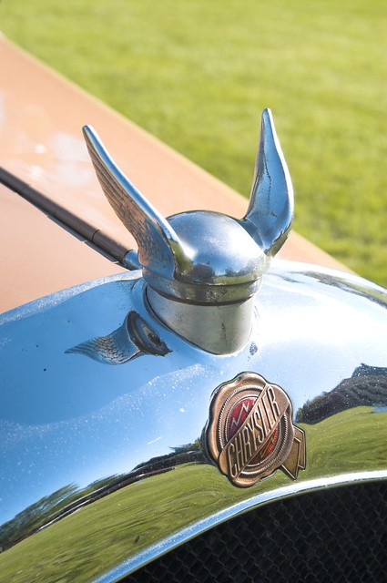 Chrysler hood ornament