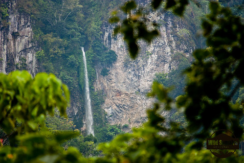 Pancuran Rayo Waterfall