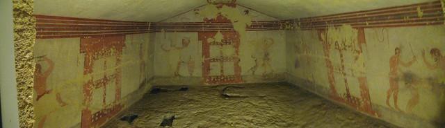Tarquinia: tomba delle fustigazioni.