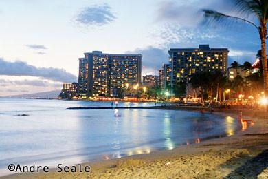Waikiki ao entardecer