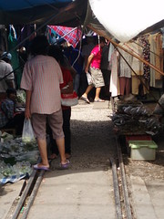 091 Market on the railway line