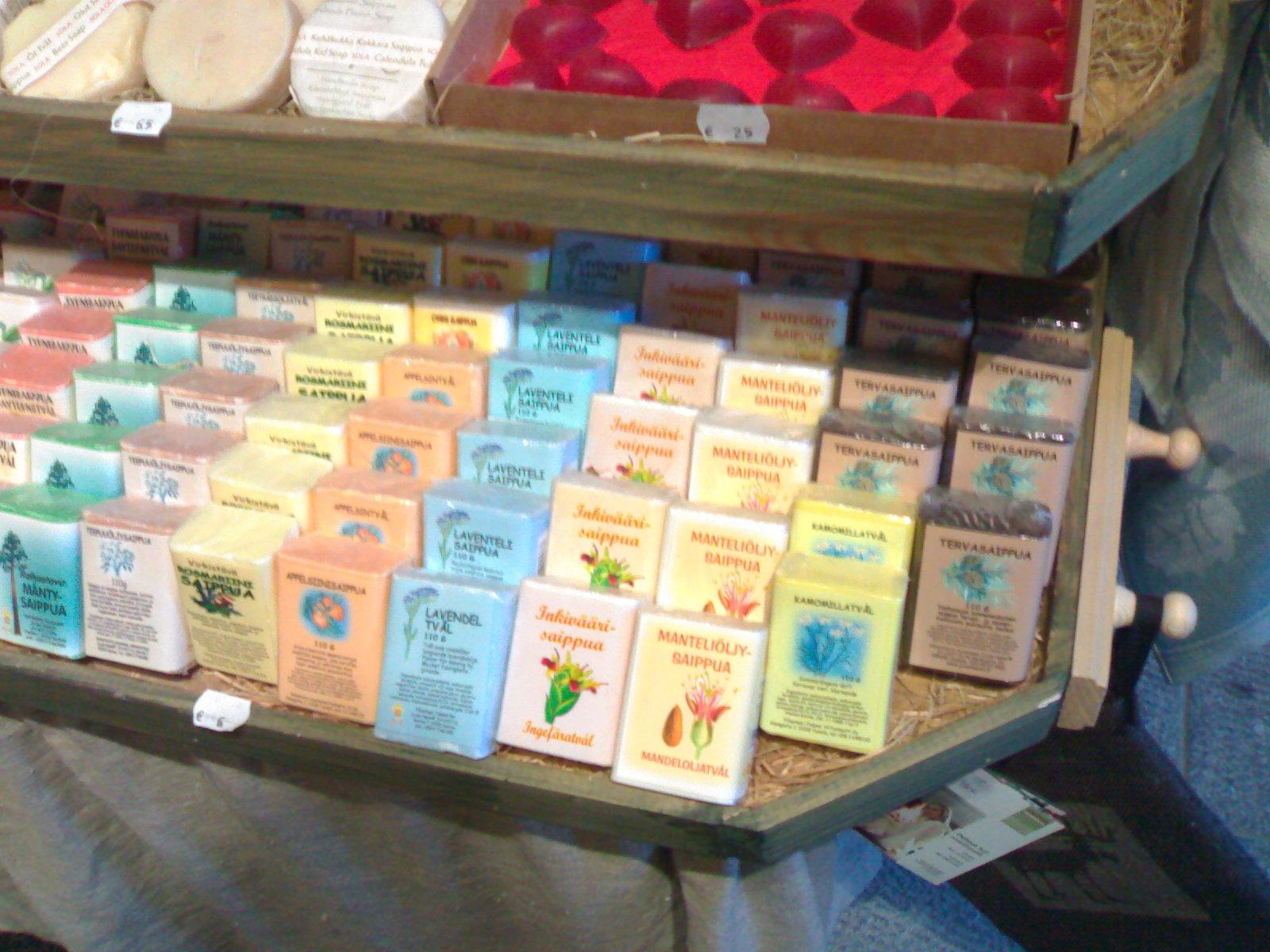Jabones en una tienda de productos para sauna en helsinki - Productos para sauna ...