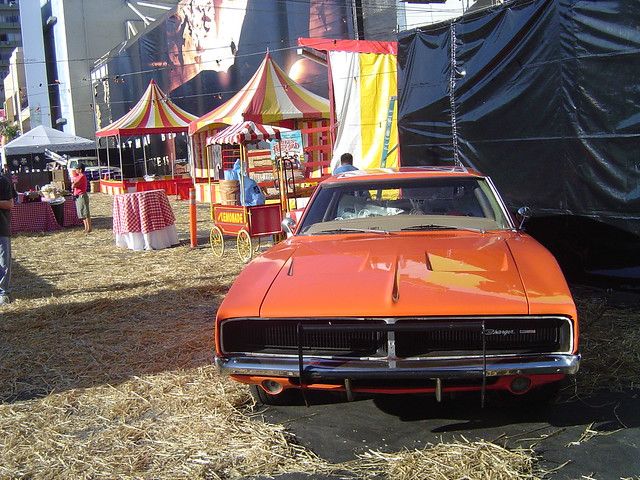 The Dukes of Hazzard Movie 2005 Premiere General Lee ...  The Dukes of Ha...