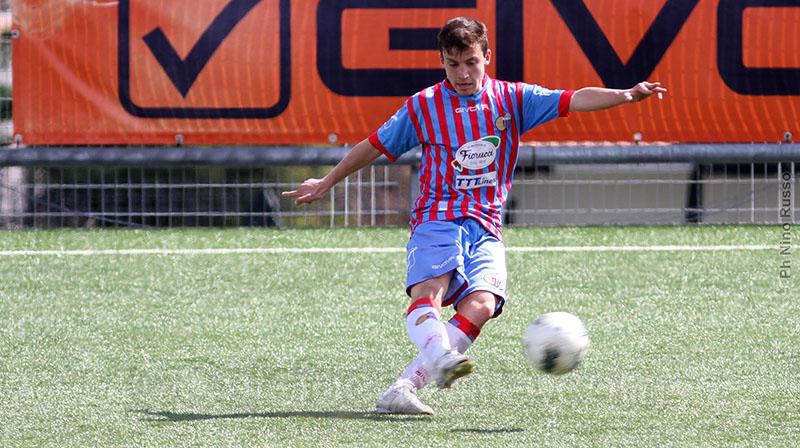 Un giovanissimo Roberto Marino in rossazzurro