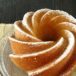 Orange-cornmeal pound cake (p.44)