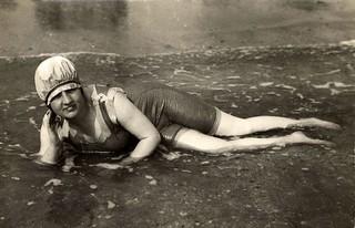 Badpak uit 1921 / Bathing suite, 1921