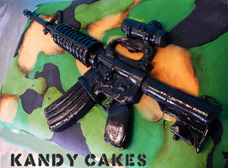 Assult Rifle Cake by Kandy Cakes