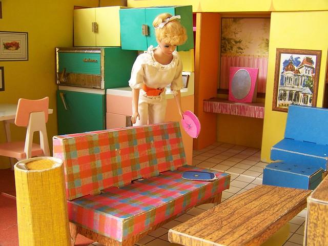 Vintage Barbie Dreamhouse 40