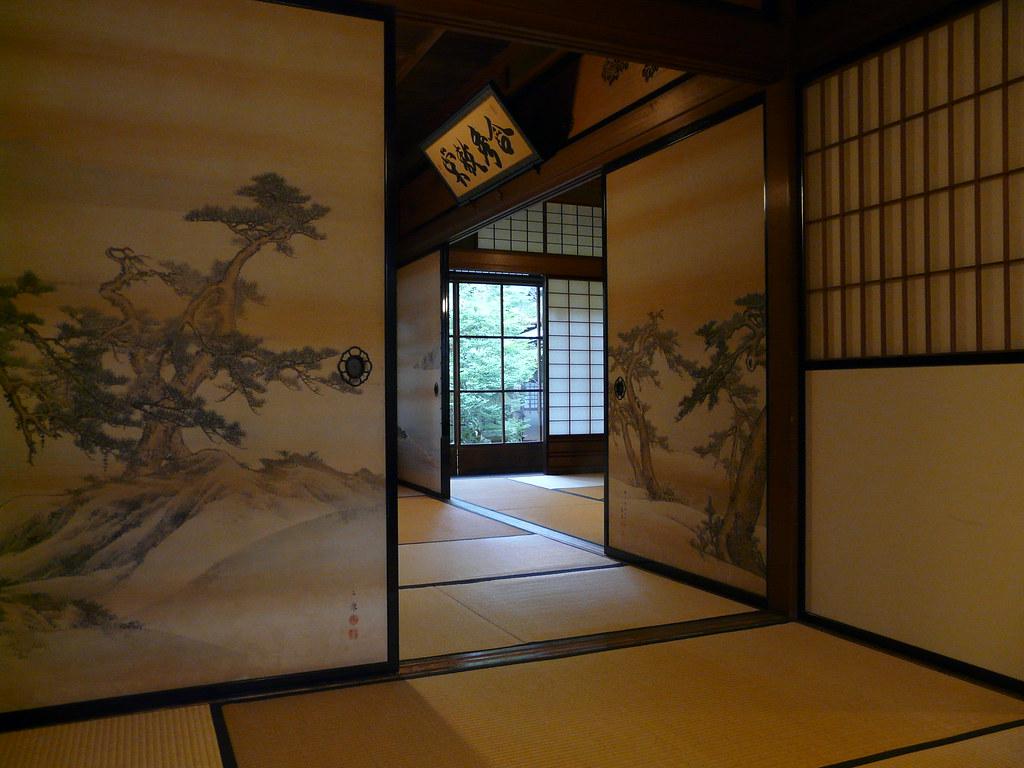 Panels and tatami mats in Kusakabe Mingei-kan