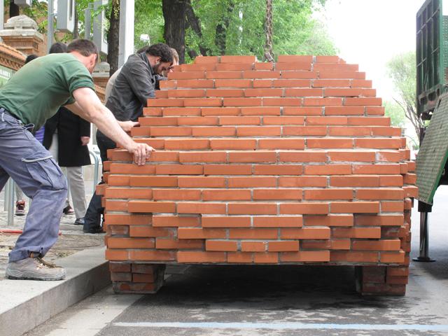 Coche de ladrillo flickr photo sharing - Ladrillo macizo dimensiones ...