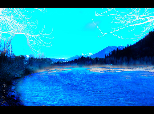 blue trees snow canada mountains nature river geotagged scenery scenic bluesky thursday vedder bytheriver otw beautifulbritishcolumbia nikond40 skycloudssun chilliwackbc bluejay2006 dragondaggerphoto novavitanewlife geo:lat=49097532 geo:lon=121986523