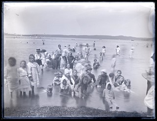Children at Foreshore, Speers Point, NSW, 26 January 1904