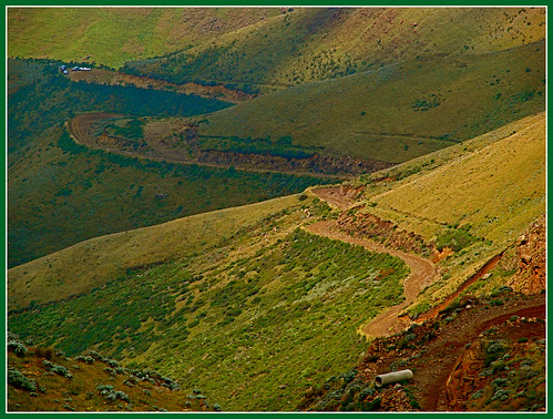 "road rough steep lesotho kwazulunatal sanipass worldtrekker ""flickraward"" mygearandmepremium mygearandmebronze"