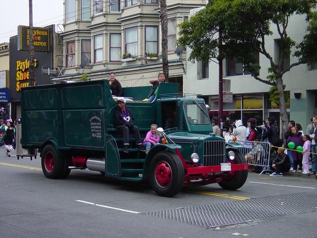 Vintage Garbage Truck 11