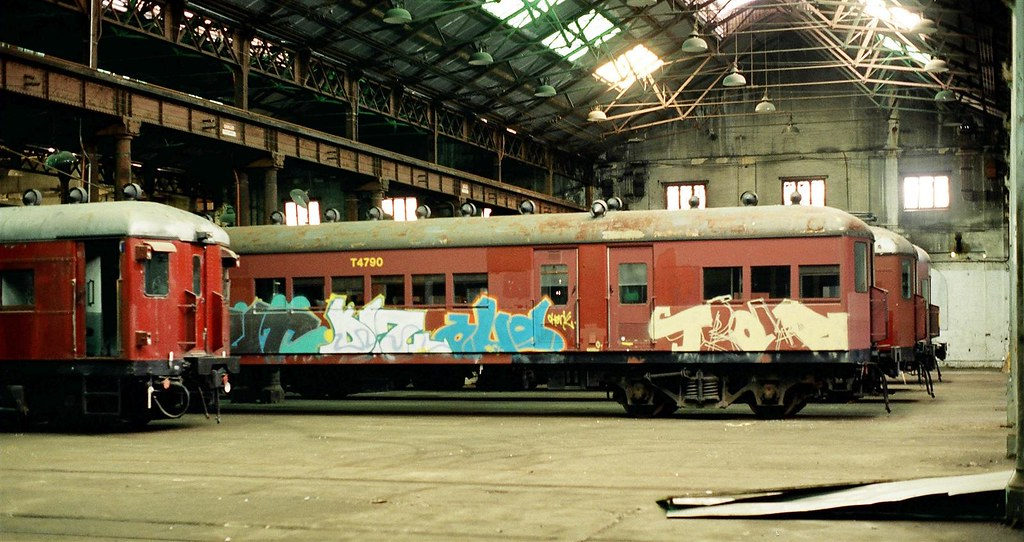 390-15 Withdrawn carriages at Carriage Works by David Johnson