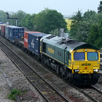66592 heads tonights 4M99 Southampton - Trafford intermodal 13 May 2009