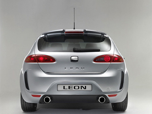 seat leon tdi sport sexy cars girls entertainment. Black Bedroom Furniture Sets. Home Design Ideas