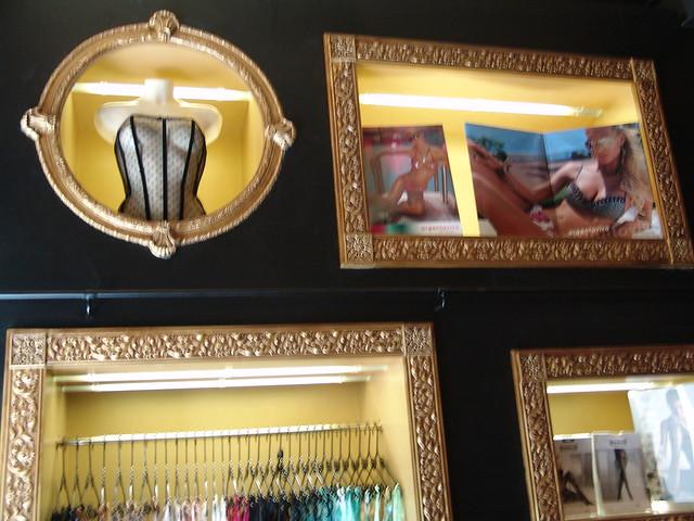 Tienda decoracin barcelona interesting aterriza en - Decoracion erotica ...