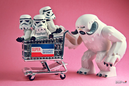 Wampa's Grocery shopping