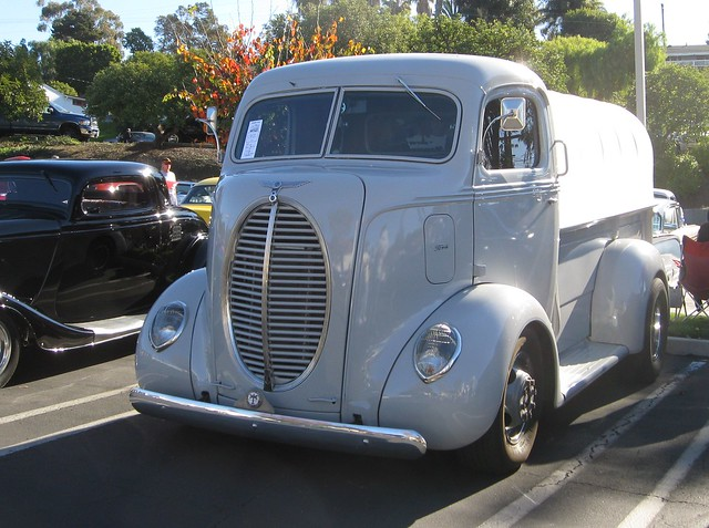 Famous Old Cabover Trucks
