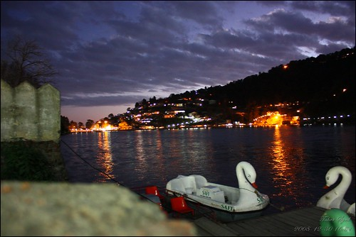 sunset india lake color colors beautiful station night clouds canon boats eos boat colours view hill it add valley uttaranchal nainital silhoutte hillstation the naini kumaon uttarakhand 450d