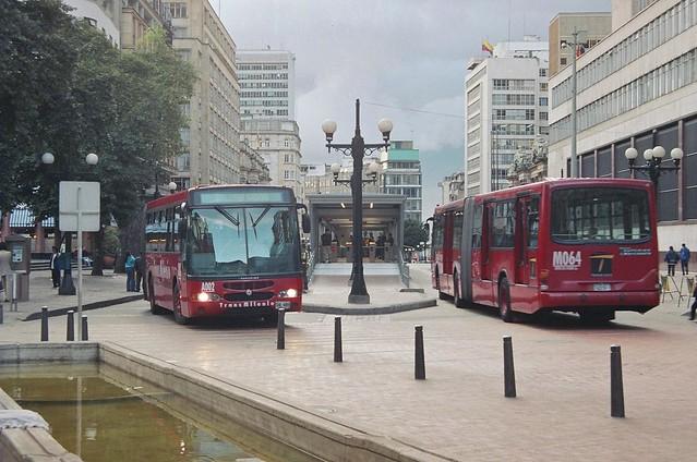 TransMilenio in Avenida Jimenez (5)