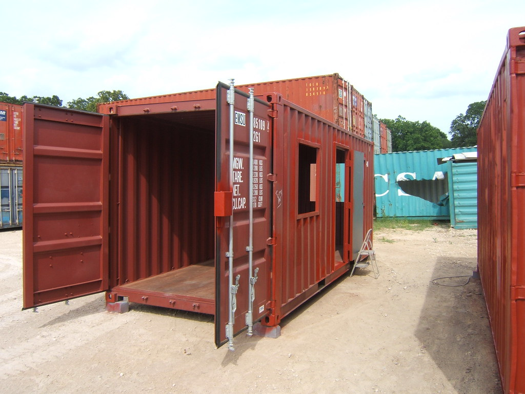 Experience Hassle-Free Shipping With International Shipping Containers