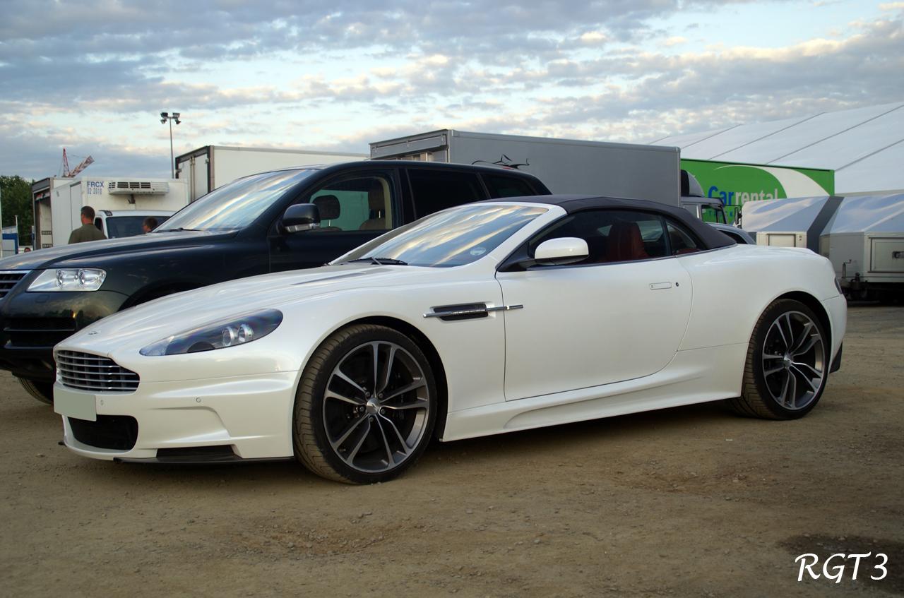 Aston Martin Dbs White