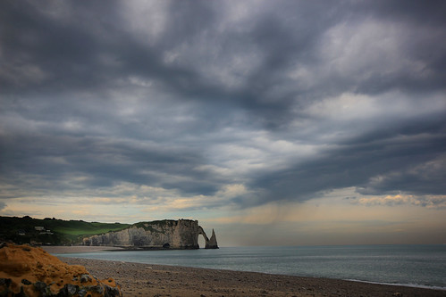Rain showers at Étretat - Normandy (France)