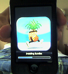 iPod Touch 2G Jailbreak by BenKulbertis