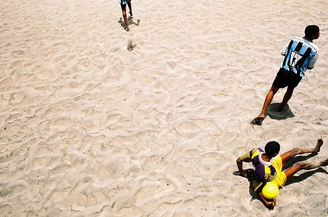 Futebol: chato de assistir, sempre bom de fotografar!