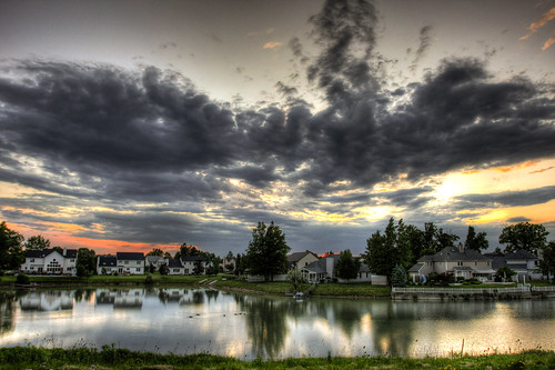 [HDR] Sunset over Suburbia