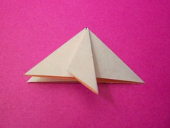 wheel(0.0), wing(0.0), triangle(0.0), art(1.0), art paper(1.0), origami(1.0), triangle(1.0), origami paper(1.0), craft(1.0),