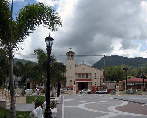 plaza tourism church public colors square puerto island town catholic village puertorico hometown interior pueblo rico tropical local turismo isla adjuntas interno moll aristides oquendo boscana revistadealtura