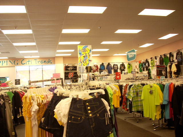 Clothes stores Dots fashion clothing store
