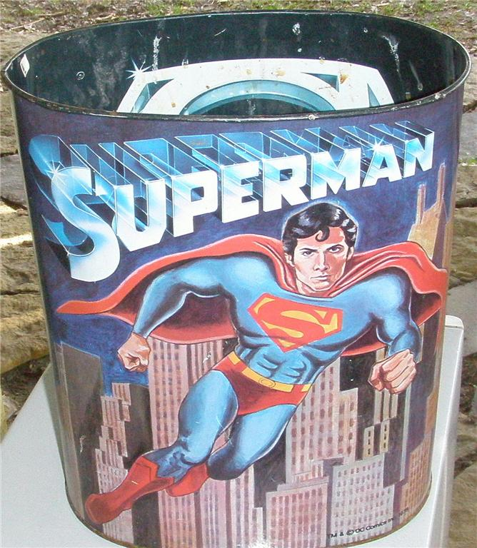superman_trashcan1