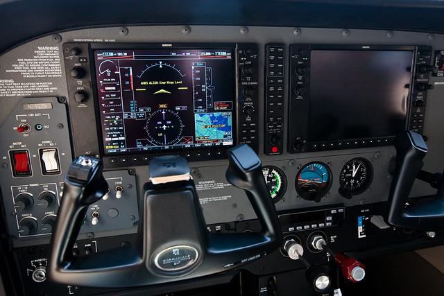 fin221 preflight View and download cirrus sr22 pilot's operating handbook and flight manual online 4 preflight planning a vertical fin and a rudder.
