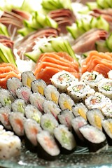 produce(0.0), hors d'oeuvre(1.0), meal(1.0), california roll(1.0), fish(1.0), sushi(1.0), gimbap(1.0), buffet(1.0), food(1.0), dish(1.0), cuisine(1.0), asian food(1.0),