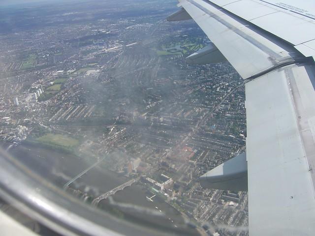 011 -En el avión