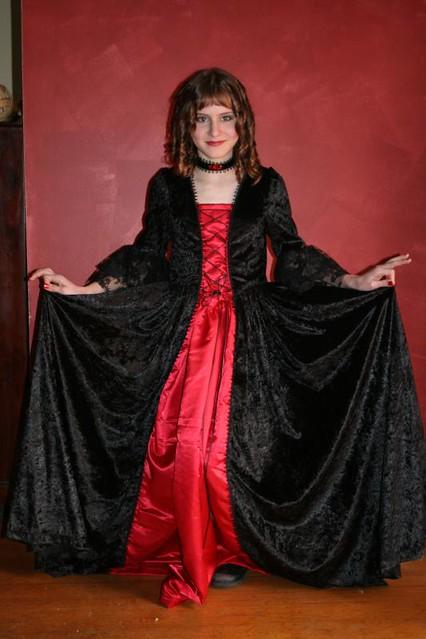 Vampire Countess | Flickr - Photo Sharing!
