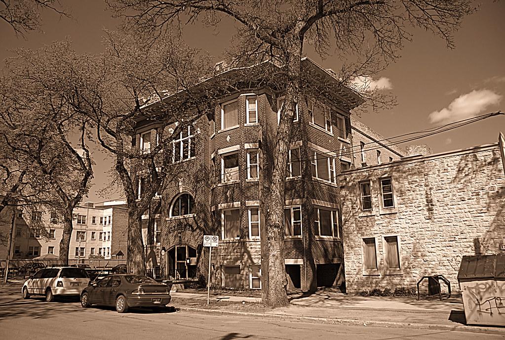 St Elmo's Apartment