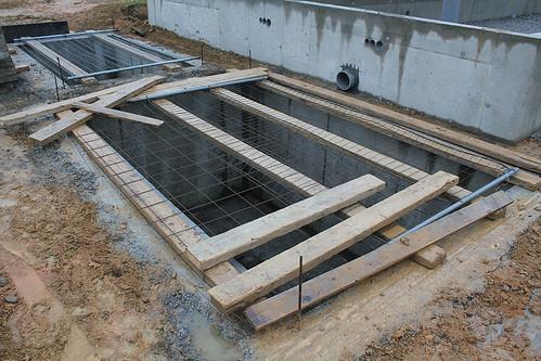 La citerne de r cup ration d 39 eau de pluie la triskeline for Cuve fioul dans garage