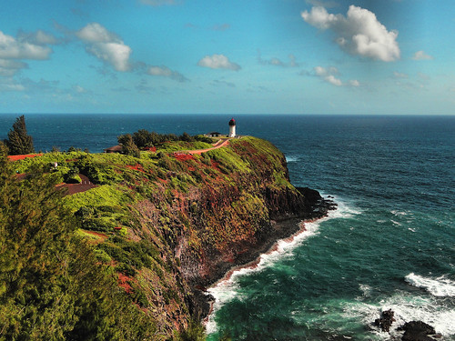 Kilauea Lighthouse photo by  Alan L and flickr.com