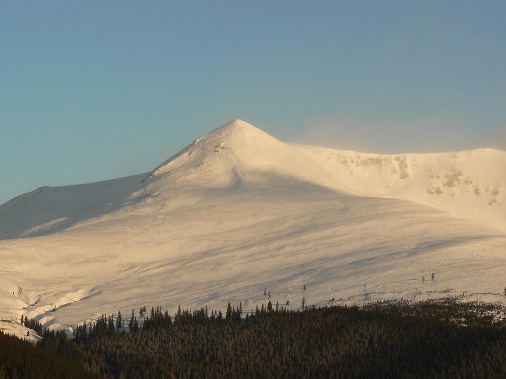 papusa top in retezat mountains - 2508m