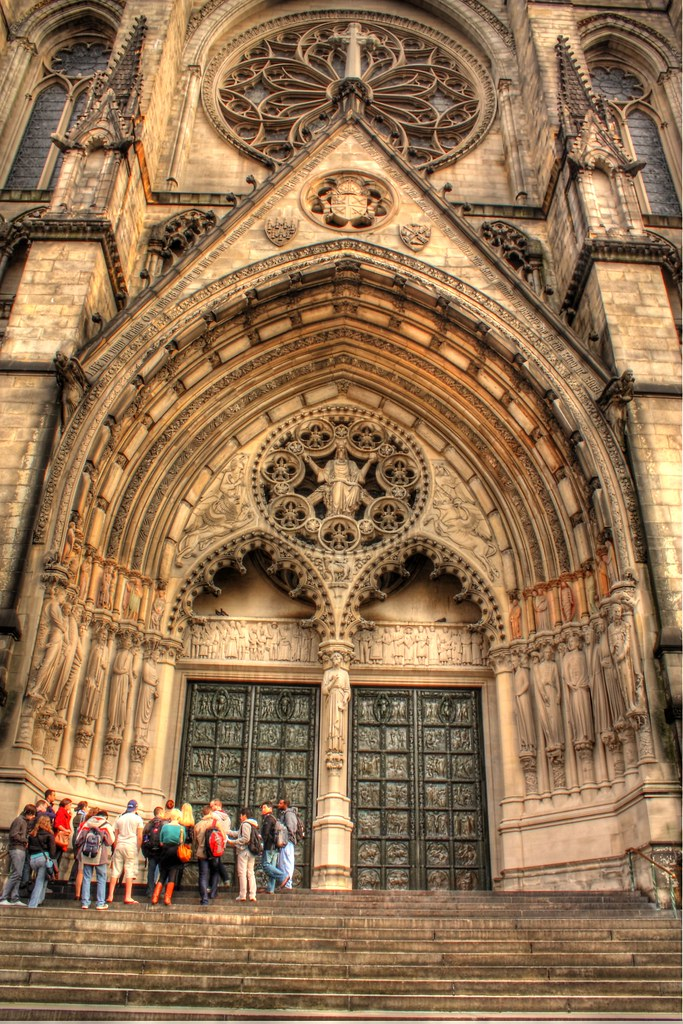 Cathedral Church of St. John the Divine,  New York by Photoglot